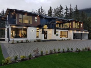 """Photo 2: 9055 ARMCHAIR Place in Whistler: WedgeWoods House for sale in """"Wedgewoods"""" : MLS®# R2621721"""