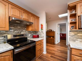 Photo 5: 205 1400 Tunner Dr in COURTENAY: CV Courtenay East Condo for sale (Comox Valley)  : MLS®# 838391