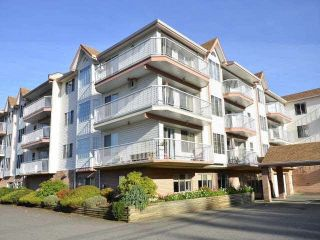 """Photo 1: 211 33535 KING Road in Abbotsford: Poplar Condo for sale in """"Central Heights Manor"""" : MLS®# R2437846"""
