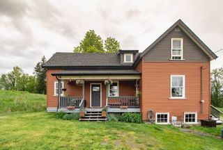 Photo 1: 22089 TELEGRAPH Trail in Langley: Fort Langley House for sale : MLS®# R2389410