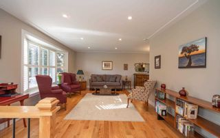 Photo 5: 102 E Clover Ridge Drive in Ajax: South East House (Sidesplit 4) for sale : MLS®# E4952170