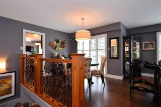 """Photo 2: 15701 GOGGS Avenue: White Rock House for sale in """"WHITE ROCK"""" (South Surrey White Rock)  : MLS®# R2178923"""