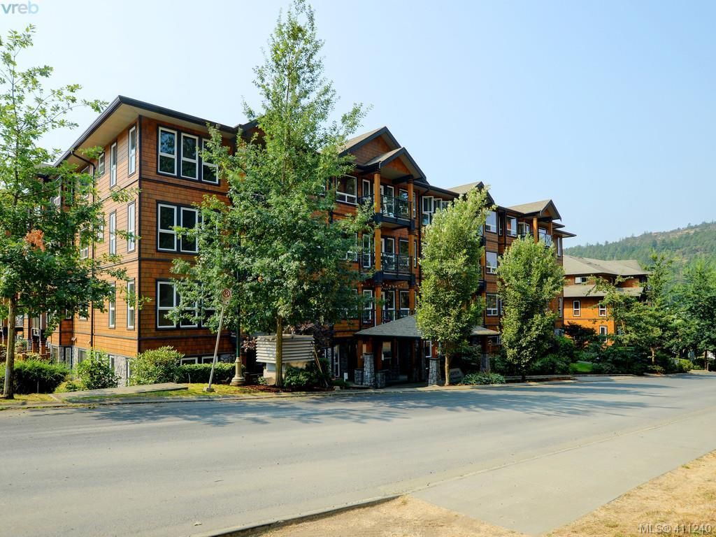 Main Photo: 203 201 Nursery Hill Dr in VICTORIA: VR Six Mile Condo for sale (View Royal)  : MLS®# 815174