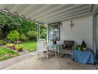 """Photo 19: 33304 MEADOWLANDS Avenue in Abbotsford: Central Abbotsford House for sale in """"Terry Fox School Area"""" : MLS®# R2397473"""
