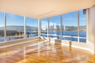 """Photo 3: 3102 1077 W CORDOVA Street in Vancouver: Coal Harbour Condo for sale in """"Shaw Tower"""" (Vancouver West)  : MLS®# R2624531"""