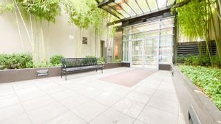 """Photo 4: 1007 822 SEYMOUR Street in Vancouver: Downtown VW Condo for sale in """"L'ARIA"""" (Vancouver West)  : MLS®# R2615782"""