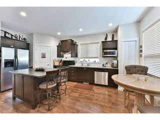 Photo 5: 18939 71A Avenue in Surrey: Clayton House for sale (Cloverdale)  : MLS®# R2034517