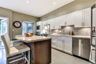 Photo 5: 2 3750 EDGEMONT BOULEVARD in North Vancouver: Edgemont Townhouse for sale : MLS®# R2152238
