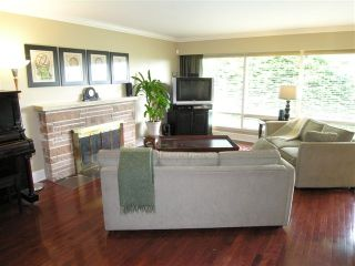 Photo 12: 574 W ST JAMES Road in North_Vancouver: Delbrook House for sale (North Vancouver)  : MLS®# V753119