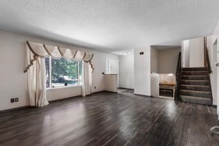 Photo 3: 211 Templewood Road NE in Calgary: Temple Detached for sale : MLS®# A1124451
