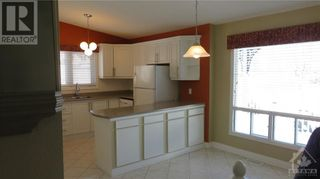 Photo 7: 6350 RADISSON WAY in Orleans: House for sale : MLS®# 1250955