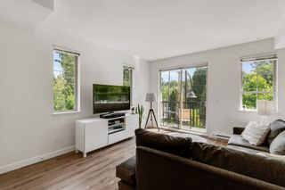 """Photo 1: 18 433 SEYMOUR RIVER Place in North Vancouver: Seymour NV Townhouse for sale in """"MAPLEWOOD"""" : MLS®# R2585787"""