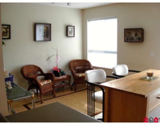 """Photo 6: Photos: 10 6747 203RD Street in Langley: Willoughby Heights Townhouse for sale in """"SAGEBROOK"""" : MLS®# F2903189"""