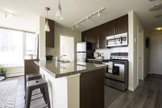 """Photo 5: 1502 688 ABBOTT Street in Vancouver: Downtown VW Condo for sale in """"Firenza Tower II"""" (Vancouver West)  : MLS®# R2603600"""