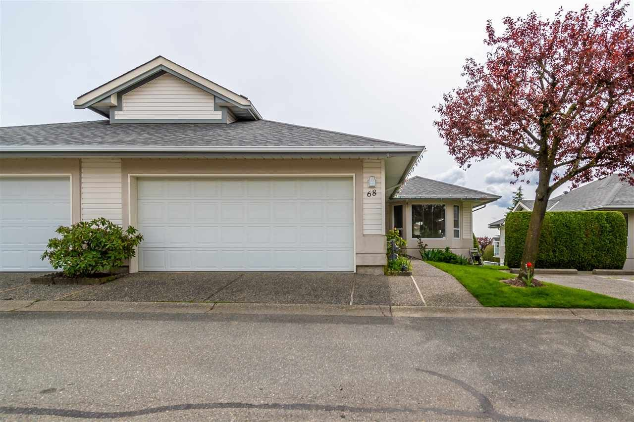 Main Photo: 68 31406 UPPER MACLURE ROAD in Abbotsford: Abbotsford West Townhouse for sale : MLS®# R2571228