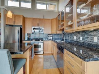 """Photo 11: 6498 WILDFLOWER Place in Sechelt: Sechelt District Townhouse for sale in """"Wakefield Beach - Second Wave"""" (Sunshine Coast)  : MLS®# R2589812"""