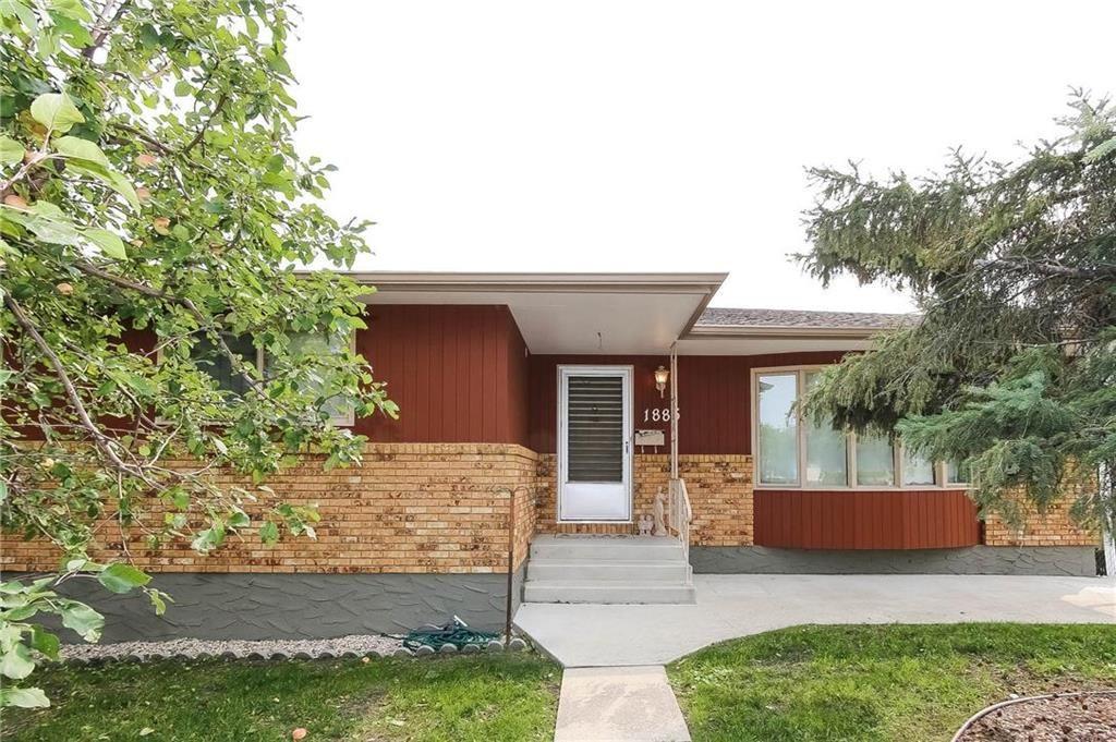 Main Photo: 1885 Rothesay Street in Winnipeg: North Kildonan Residential for sale (3G)  : MLS®# 202023376