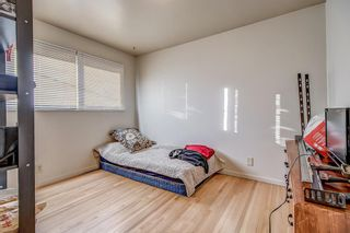 Photo 8: 49 Montrose Crescent NE in Calgary: Winston Heights/Mountview Detached for sale : MLS®# A1058784