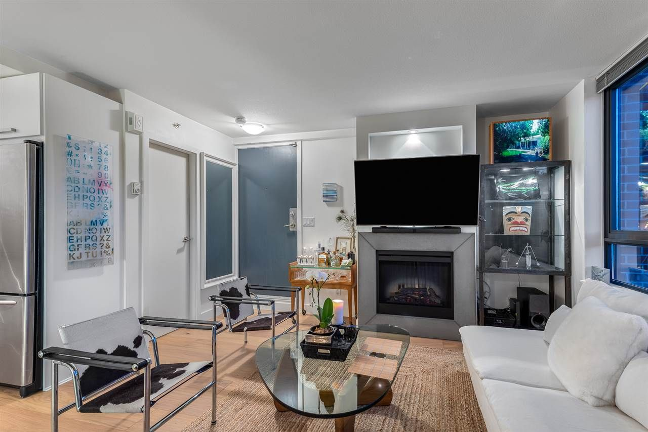 Main Photo: TH1 3298 TUPPER STREET in Vancouver: Cambie Townhouse for sale (Vancouver West)  : MLS®# R2541344