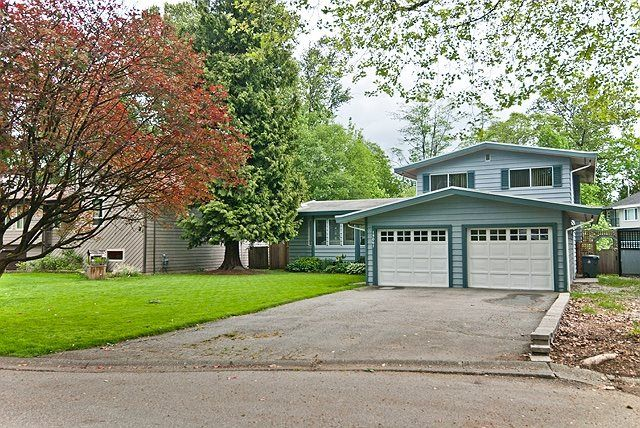 Main Photo: 13061 LANARK Place in Surrey: Queen Mary Park Surrey House for sale : MLS®# R2061554