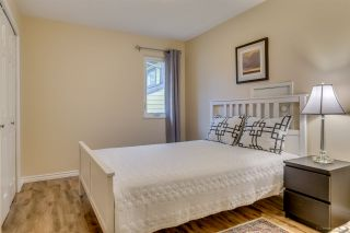 """Photo 18: 2558 STEEPLE Court in Coquitlam: Upper Eagle Ridge House for sale in """"UPPER EAGLE RIDGE"""" : MLS®# R2082619"""