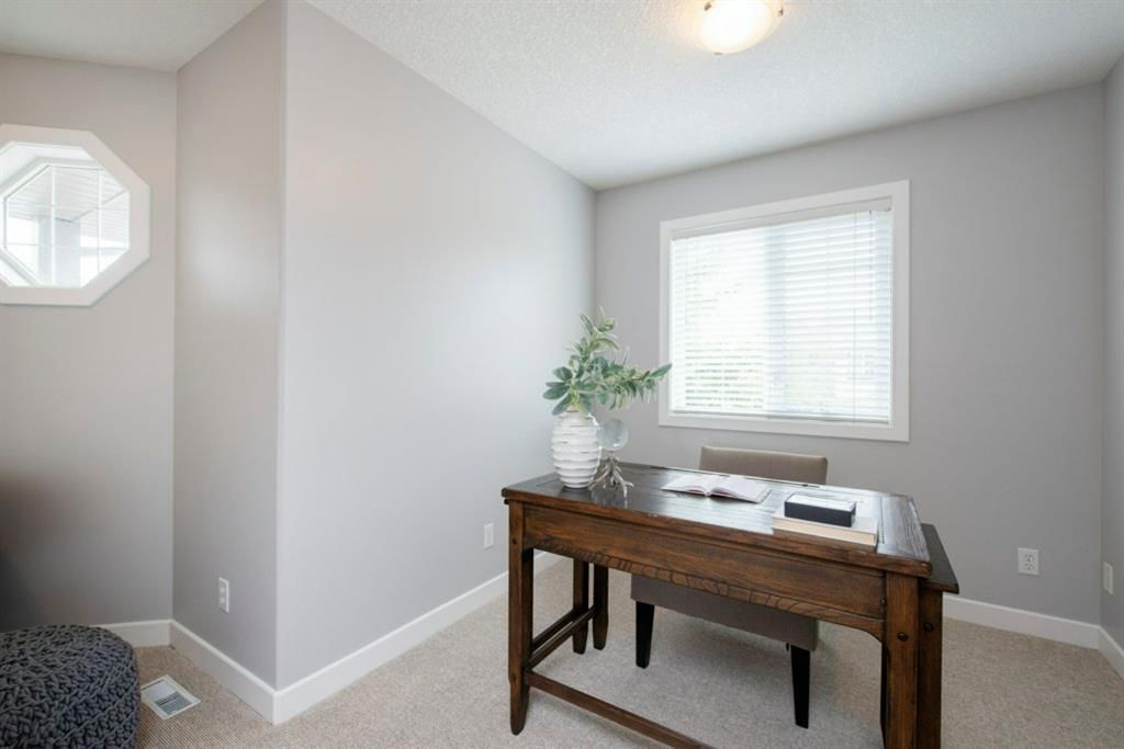 Photo 29: Photos: 32 Prominence Park SW in Calgary: Patterson Row/Townhouse for sale : MLS®# A1112438