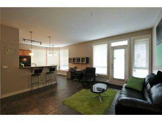 Photo 2: 133 - 3111 34 Avenue NW in Calgary: Varsity Village Condo for sale : MLS®# C3472403