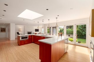 """Photo 4: 4218 YUCULTA Crescent in Vancouver: University VW House for sale in """"Salish Park"""" (Vancouver West)  : MLS®# R2616968"""