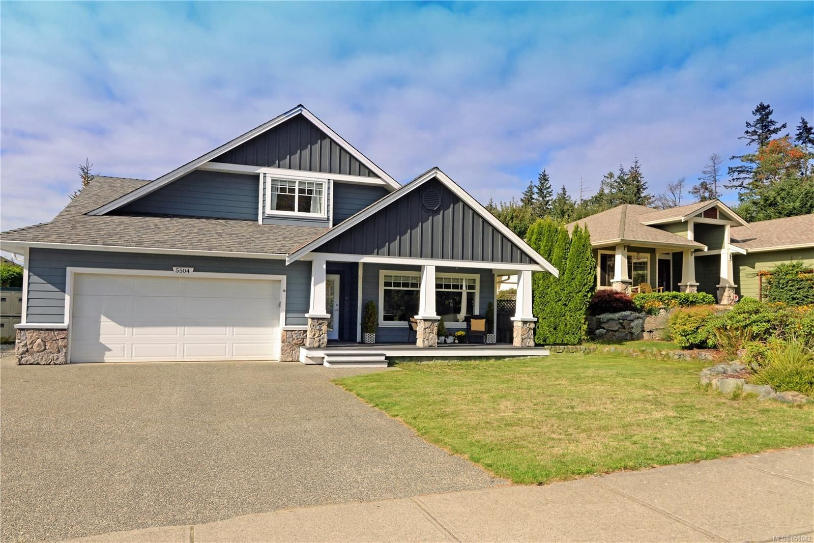 Main Photo: 5504 Cliffside Rd in : Na North Nanaimo House for sale (Nanaimo)  : MLS®# 858042