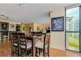 Photo 5: # 1203 238 ALVIN NAROD ME in Vancouver: Yaletown Condo for sale (Vancouver West)  : MLS®# V1122402