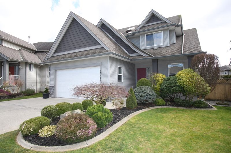 FEATURED LISTING: 27982 Buffer Crescent Abbotsford
