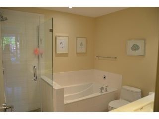 """Photo 6: 213 6015 IONA Drive in Vancouver: University VW Condo for sale in """"CHANCELLOR HOUSE"""" (Vancouver West)  : MLS®# V1052273"""