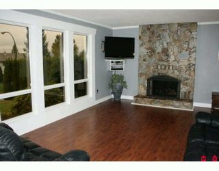 """Photo 4: 3654 HURST Crescent in Abbotsford: Abbotsford East House for sale in """"ROBERT BATEMAN PARK"""" : MLS®# F2923718"""