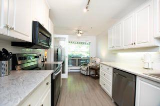 """Photo 7: 301S 1100 56 Street in Delta: Tsawwassen East Condo for sale in """"ROYAL OAKS"""" (Tsawwassen)  : MLS®# R2621715"""