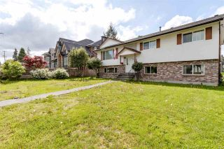 Photo 3: 810 SMITH Avenue in Coquitlam: Coquitlam West House for sale : MLS®# R2455711