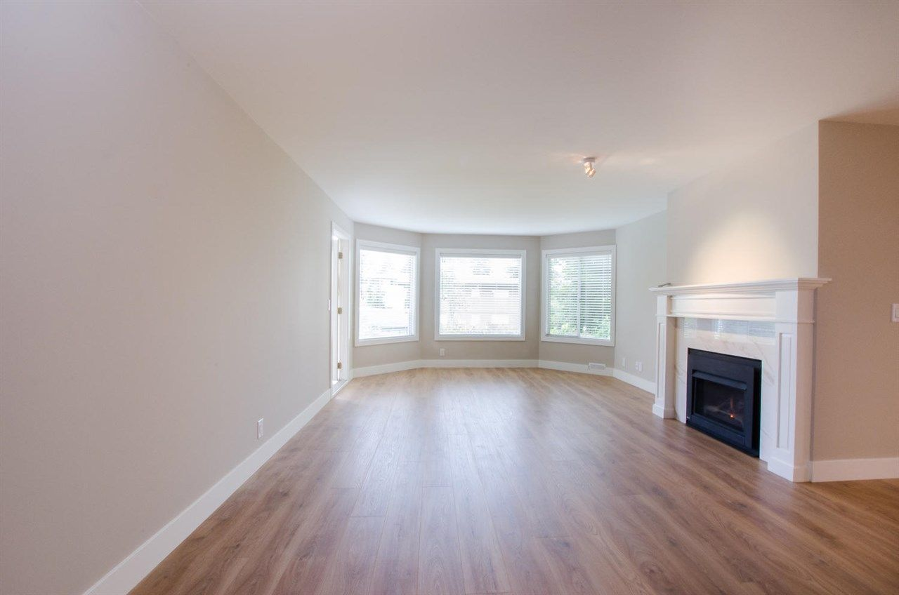 """Photo 8: Photos: 104 1327 BEST Street: White Rock Condo for sale in """"Chestnut Manor"""" (South Surrey White Rock)  : MLS®# R2339263"""
