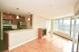 Photo 5: 802 58 KEEFER PLACE in Vancouver West: Home for sale : MLS®# R2142368