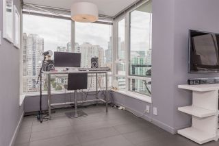 """Photo 6: 2508 928 BEATTY Street in Vancouver: Yaletown Condo for sale in """"The Max"""" (Vancouver West)  : MLS®# R2297790"""