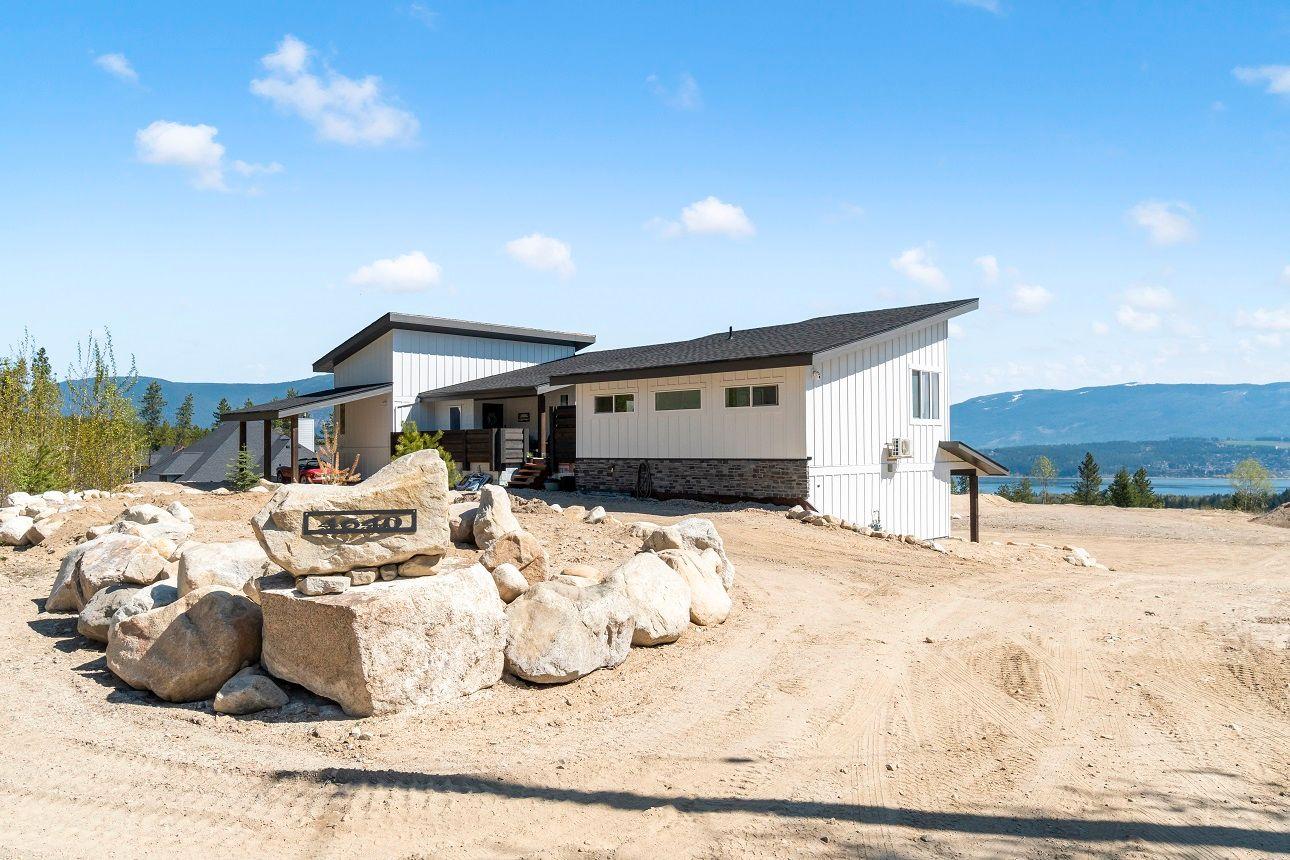 Main Photo: 4640 Northwest 56 Street in Salmon Arm: GLENEDEN House for sale (NW Salmon Arm)  : MLS®# 10230757