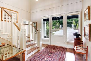 Photo 2: 11317 Hummingbird Pl in North Saanich: NS Lands End House for sale : MLS®# 839770