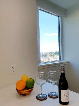 """Photo 10: 710 3281 E KENT AVENUE NORTH in Vancouver: South Marine Condo for sale in """"Rhythm"""" (Vancouver East)  : MLS®# R2619770"""