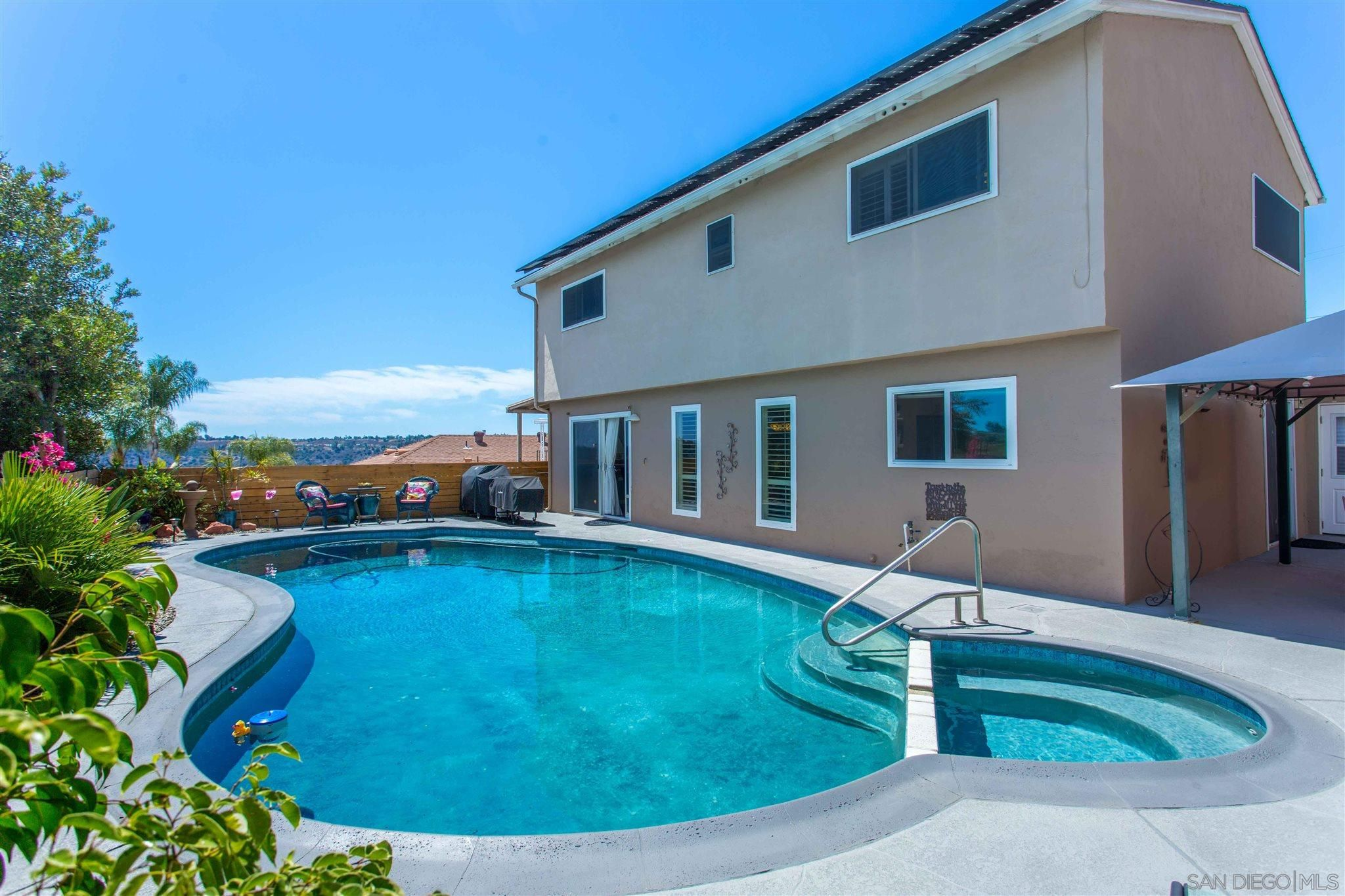 Main Photo: SAN CARLOS House for sale : 4 bedrooms : 5597 Lone Star Drive in San Diego