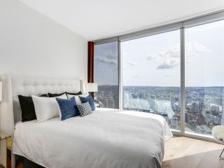 """Photo 19: 4703 938 NELSON Street in Vancouver: Downtown VW Condo for sale in """"One Wall Centre"""" (Vancouver West)  : MLS®# R2155390"""