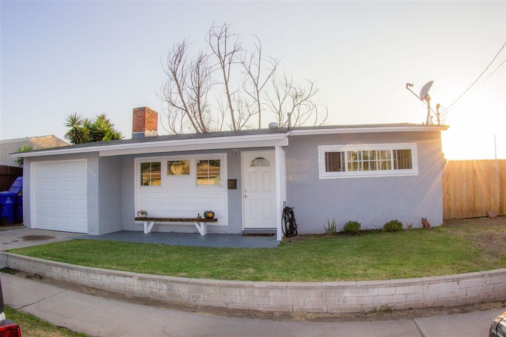 Main Photo: SAN DIEGO House for sale : 2 bedrooms : 360 Sears Ave