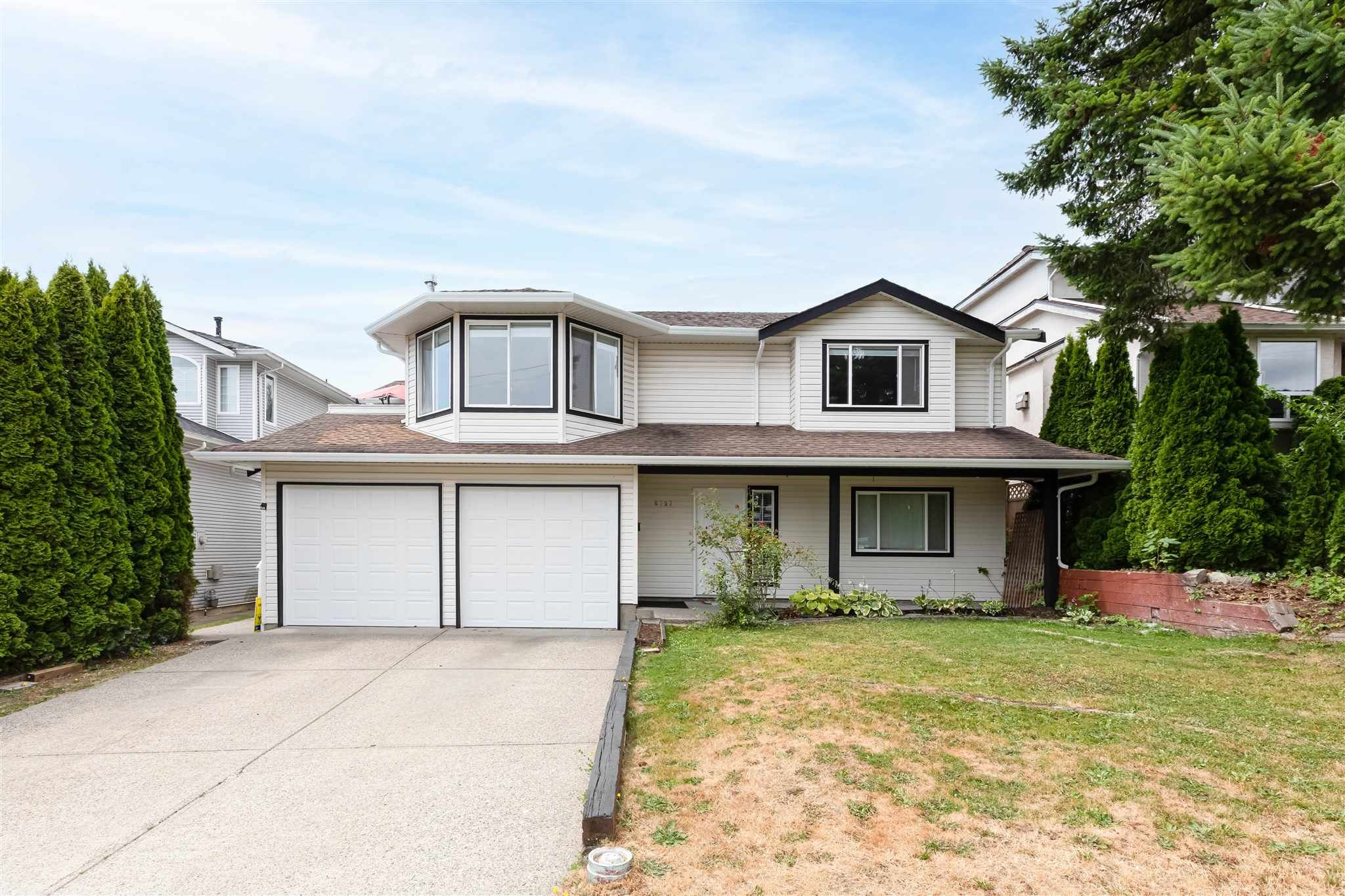 Main Photo: 6757 197 Street in Langley: Willoughby Heights House for sale : MLS®# R2600577