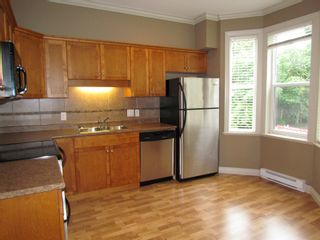 "Photo 3: #20 33321 GEORGE FERGUSON WAY in ABBOTSFORD: Central Abbotsford Townhouse for rent in ""CEDAR LANE"" (Abbotsford)"