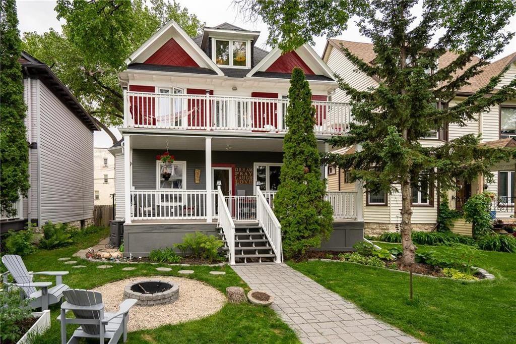 Main Photo: 32 Dundurn Place in Winnipeg: Wolseley Residential for sale (5B)  : MLS®# 202115608