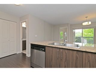 "Photo 5: 216 8915 202 Street in Langley: Walnut Grove Condo for sale in ""Hawthorne"" : MLS®# R2573295"