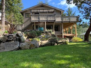 Photo 34: 3703 Signal Hill Rd in : GI Pender Island House for sale (Gulf Islands)  : MLS®# 870335