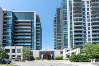 Photo 2: 409 35 Brian Peck Crescent in Toronto: Thorncliffe Park Condo for sale (Toronto C11)  : MLS®# C4839136